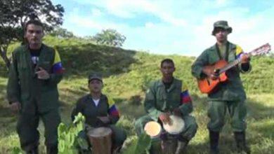 Photo of Les Farc : de combattant dans la jungle à présentateur de JT sur YouTube