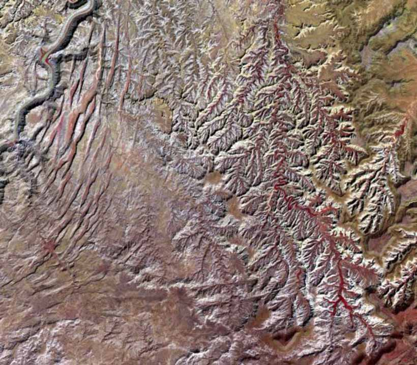 Le parc national de Canyonlands, aux États-Unis.NASA/METI/AIST/Japan Space Systems