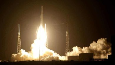 Photo of SpaceX lance une capsule Dragon et pose en douceur son lanceur