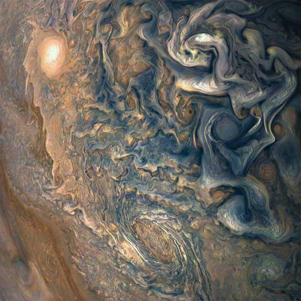 Juno de la NASA vient de renvoyer une photo de Jupiter qui semble trop fou pour être réel