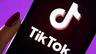 Photo de Google Play : Google supprime des millions d'avis négatifs sur TikTok