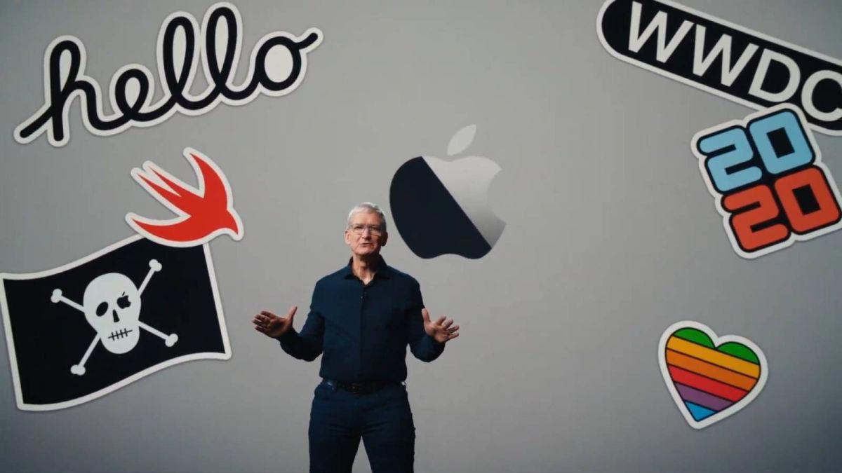 """Tim Cook a déclaré que c'était un """"jour historique"""" pour les ordinateurs Mac."""