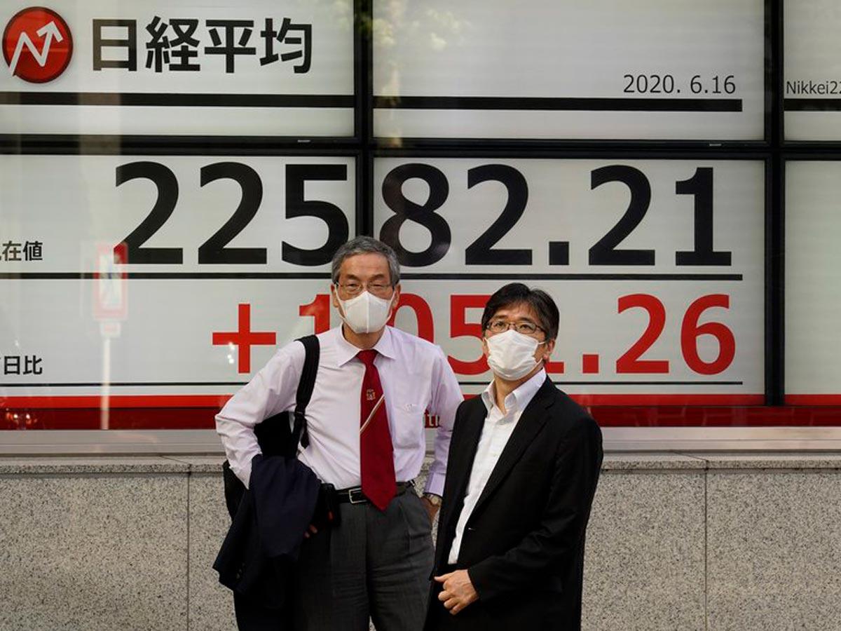 Le Nikkei a augmenté grâce au yen et à la reprise des marchés chinois.