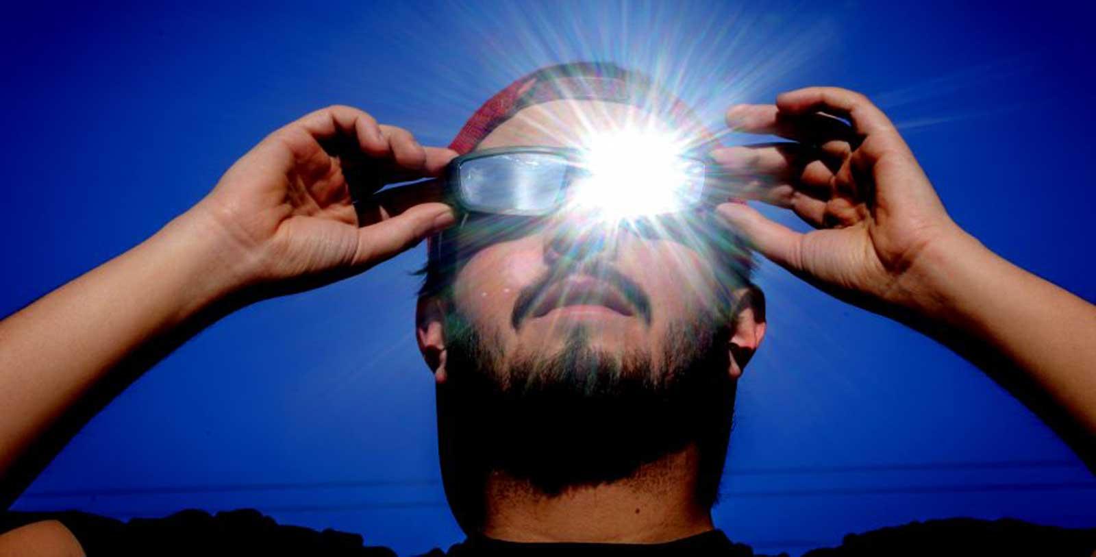 Comment regarder l'éclipse du 14 décembre en toute sécurité et sans endommager votre vision