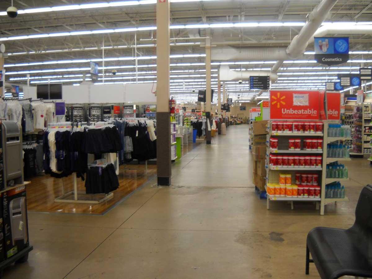 Photo : Magasin Walmart dans le Missouri | via Wikipedia.
