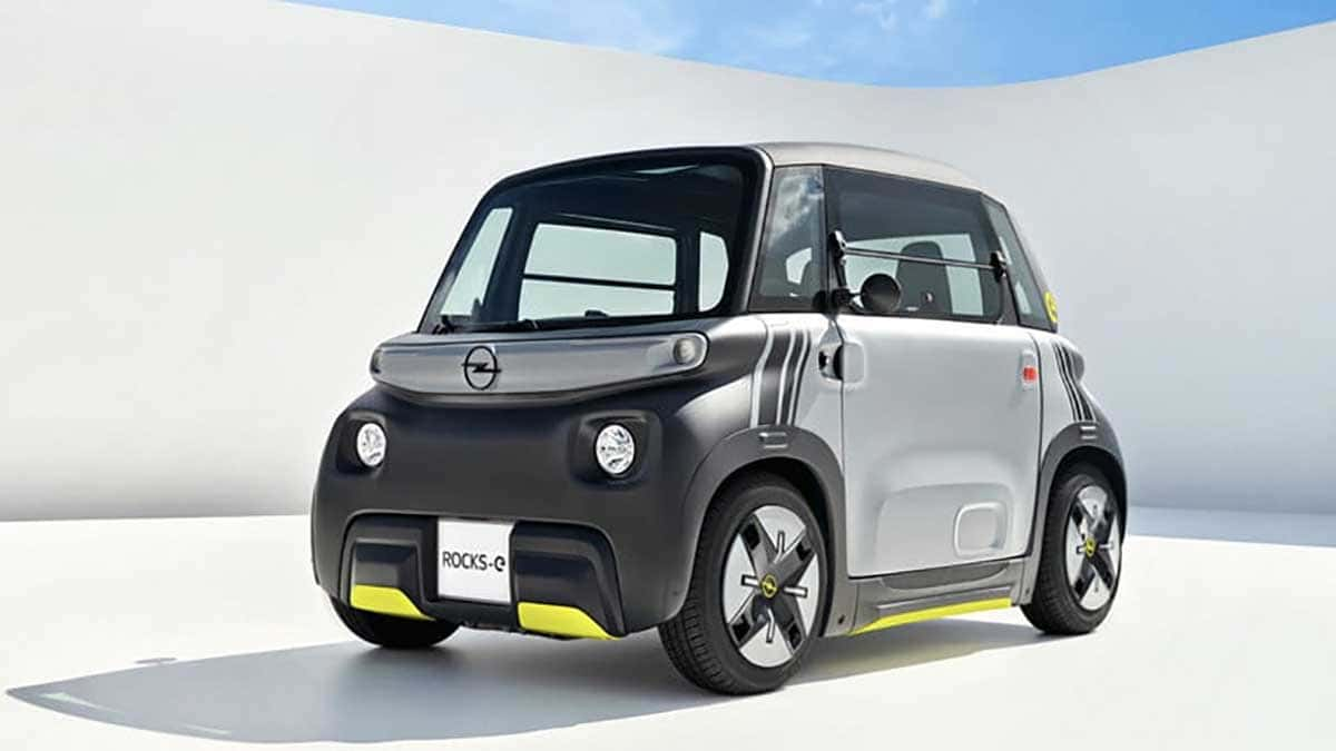 C'est l'Opel Rocks-e 2022, qui n'est ni une voiture ni une moto