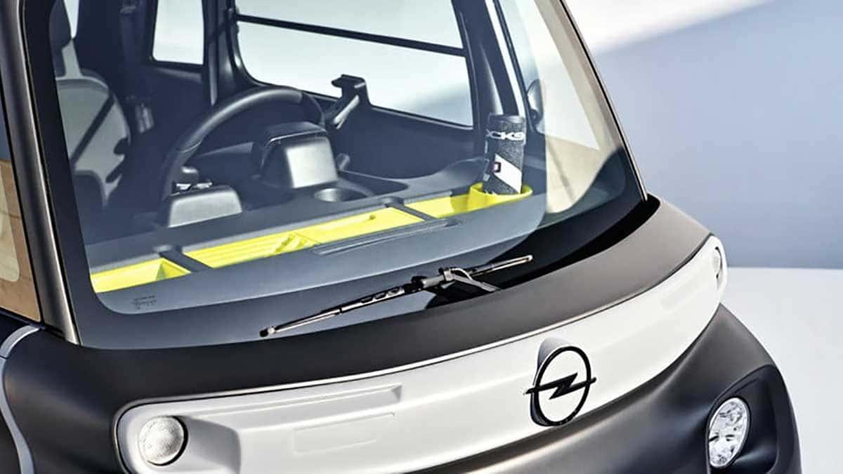 Ce n'est pas une voiture, ce n'est pas une moto ; c'est l'Opel Rocks-e 2022