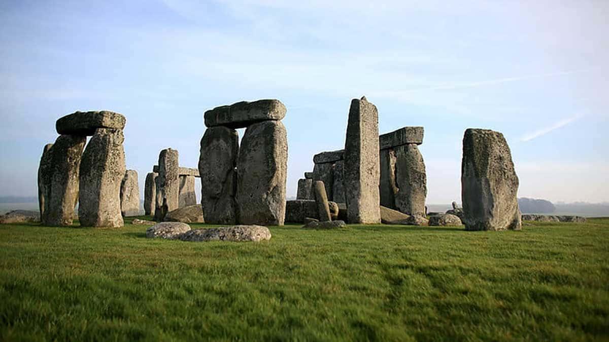 Les scientifiques ont compris pourquoi Stonehenge a résisté à l'épreuve du temps.