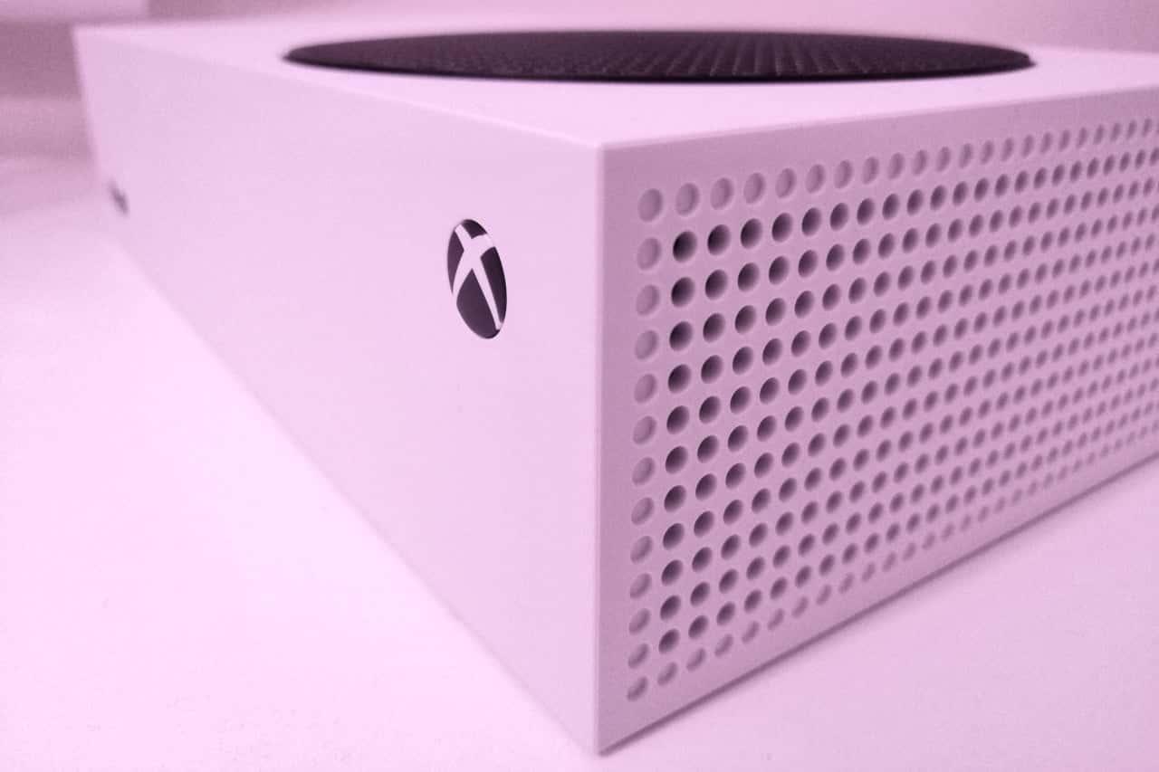 La Xbox Series S émule les jeux de la PlayStation 1 de manière transparente.
